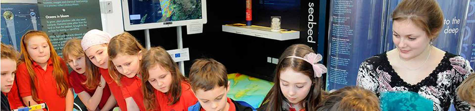 Visiting primary school children in our visitor centre with one of our science communication interns.