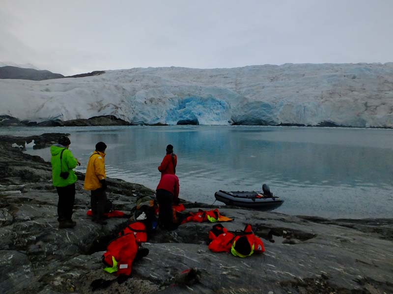 Returning from Nordenskiöldbreen fieldwork...
