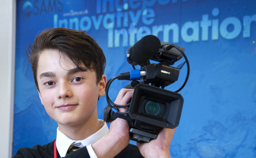 Teenager Alik Aleynik turned the spotlight on SAMS scientists with his Sixty Second Science film project